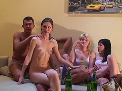 Белоснежка и семь гномов делают порно